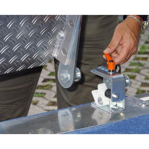 Rampe repliable fixe et orientable en alu (L=2600 mm / l ext.=1220 m