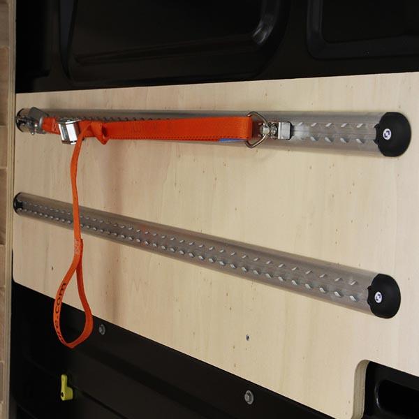 Rail aéro 2x1m + sangle à bouclage & crochets