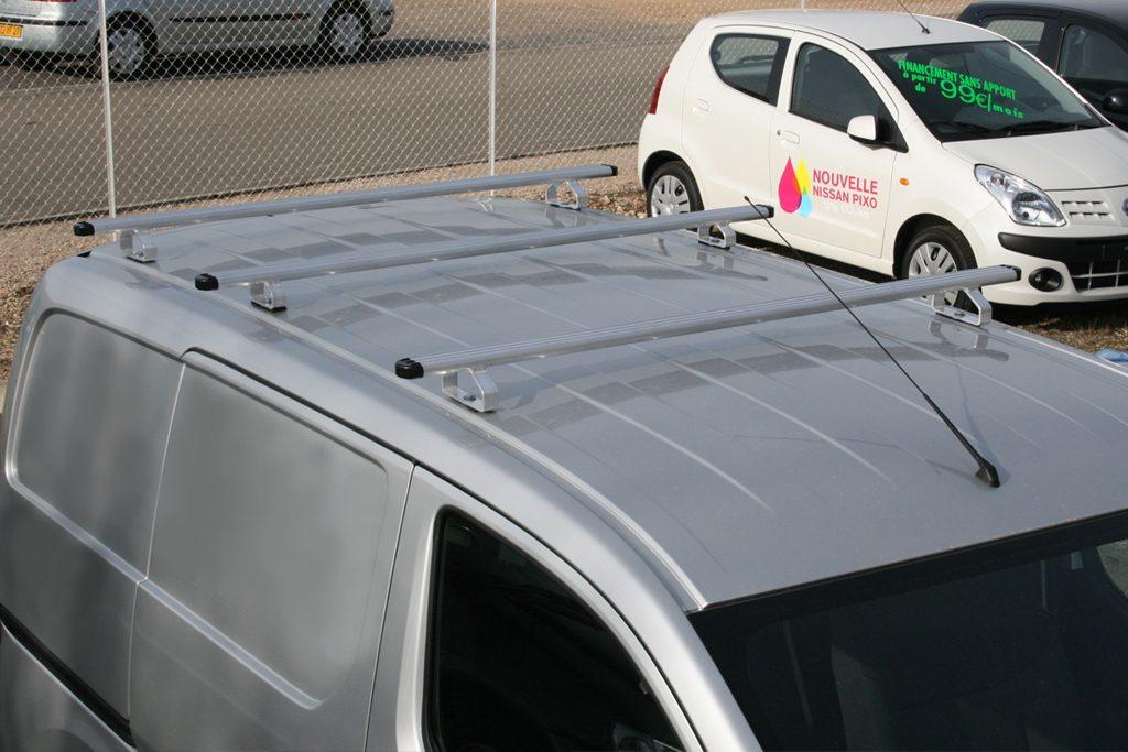 Barre de toit sur Nissan NV200